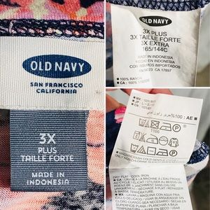 Old Navy Tops - 🔖SOLD🔖 EUC Old Navy Navy Floral Tube Top 3x